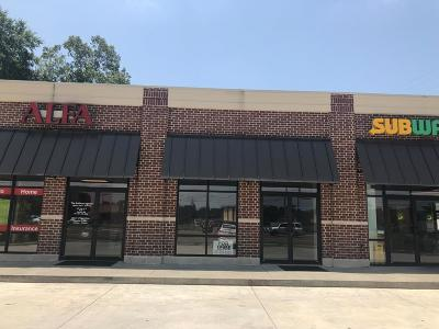 Natchez Commercial Lease For Lease: 422 N 61