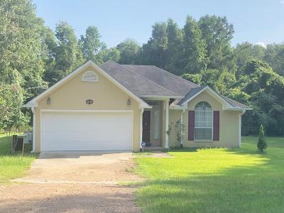 Natchez Single Family Home For Sale: 29 S Sunflower