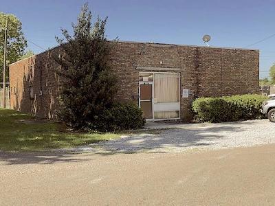 Concordia Parish Commercial For Sale: 502 Mickey Gilley
