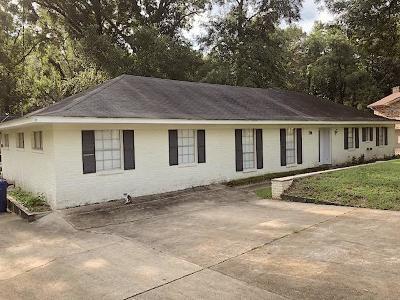 Adams County Single Family Home For Sale: 114 Pecanwood Drive