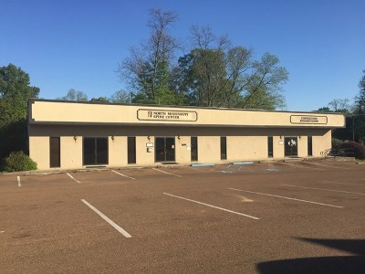 Bruce, Calhoun City, Derma, Abbeville, Banner, Batesville, Como, Taylor, Courtland, Crenshaw, Pope, Sardis, Charleston, Coffeeville, Oakland Commercial For Sale: 109 Eureka