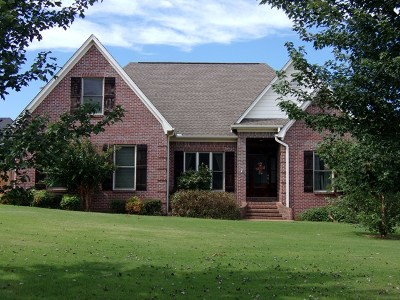 Oxford Single Family Home For Sale: 109 Northpointe Drive