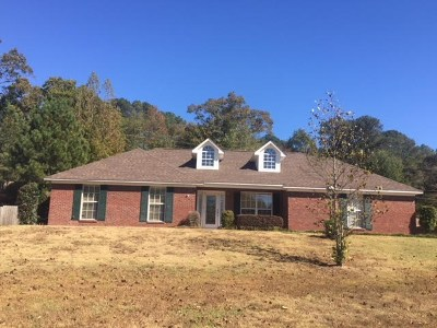 Oxford Single Family Home For Sale: 212 Powers