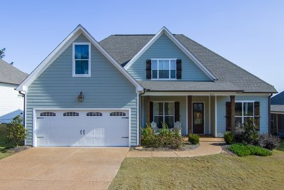 Oxford Single Family Home For Sale: 121 Oxford Creek Drive
