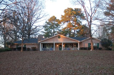 Oxford Single Family Home For Sale: 698 Hwy 6 W.