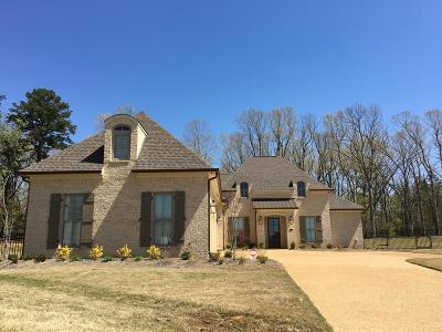 Oxford Single Family Home For Sale: 124 Pin Oak