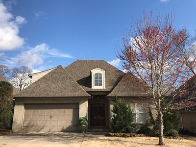 Oxford Single Family Home For Sale: 1010 Augusta Drive