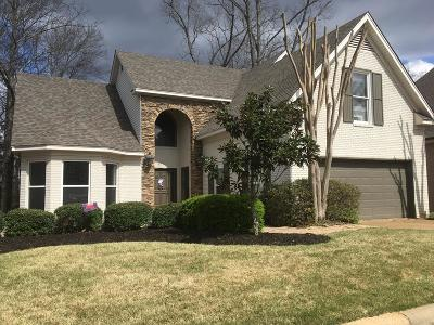 Oxford Single Family Home For Sale: 1027 Augusta Drive