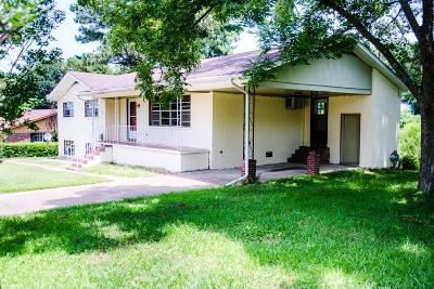 Oxford Single Family Home For Sale: 712 Martin Luther King Drive