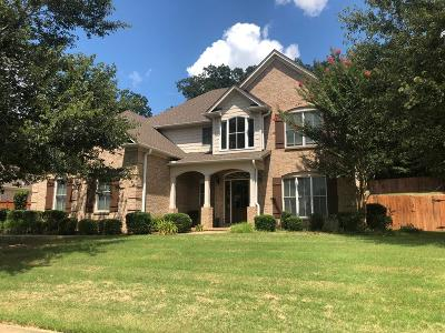 Oxford Single Family Home For Sale: 110 Northpointe Drive
