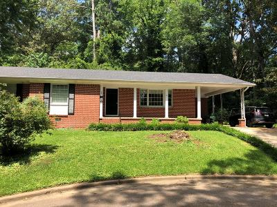 Oxford Single Family Home For Sale: 223 Warren