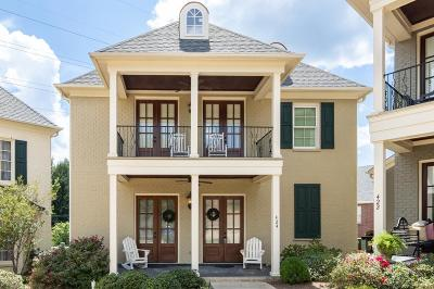 Single Family Home For Sale: 424 St Remy
