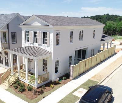 Oxford Single Family Home For Sale: 102 Cincinnatus