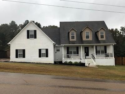 Oxford Single Family Home For Sale: 327 Lakes Drive North