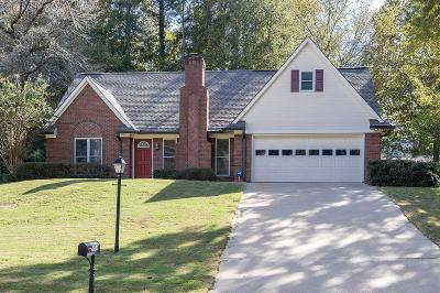 Oxford Single Family Home For Sale: 406 Cherokee