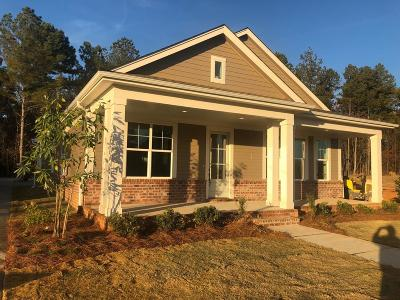 Oxford Single Family Home For Sale: 105 Post Oak Drive