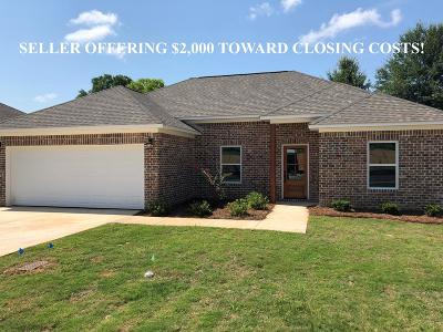 Oxford Single Family Home For Sale: 1004 Briarwood Dr.