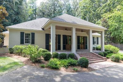 Oxford Single Family Home For Sale: 206 Country Club
