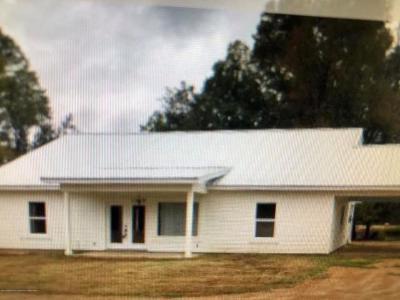Single Family Home For Sale: 697 McClyde