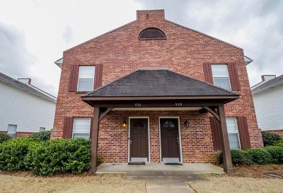 Oxford Single Family Home For Sale: 1010 Inverness