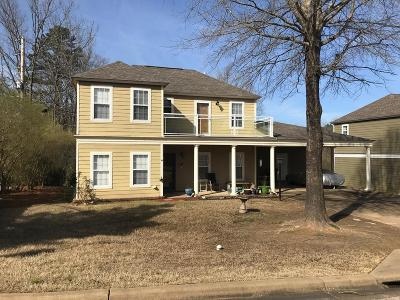 Oxford Single Family Home For Sale: 101 Twin Gates Dr