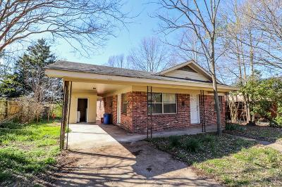 Oxford Single Family Home For Sale: 711 Martin Luther King Circle