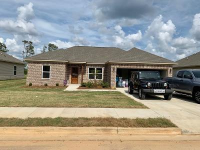 Oxford Single Family Home For Sale: 3010 Blackbriar