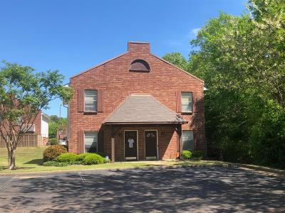 Oxford Single Family Home For Sale: 1018 Inverness