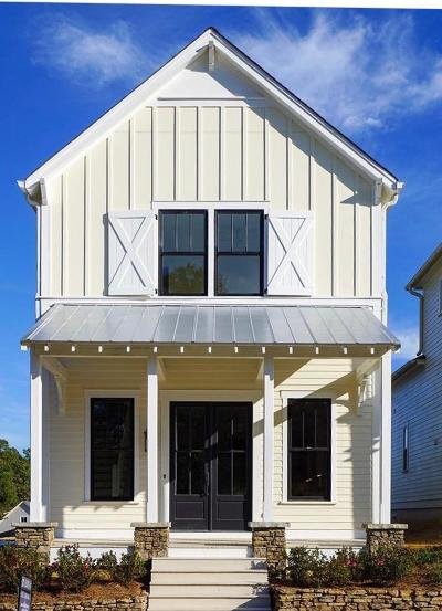Oxford Single Family Home For Sale: 108 Cincinnatus Blvd