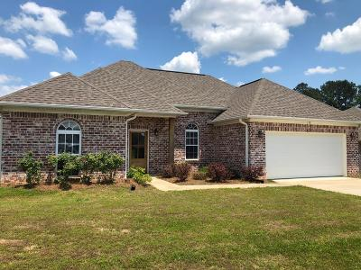Oxford Single Family Home For Sale: 138 Cross Creek