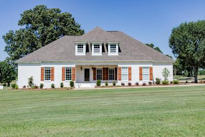 Oxford Single Family Home For Sale: 33 Cr 143