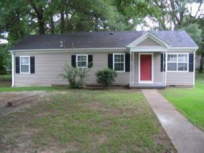Lee County Single Family Home For Sale: 1525 Central Ave.