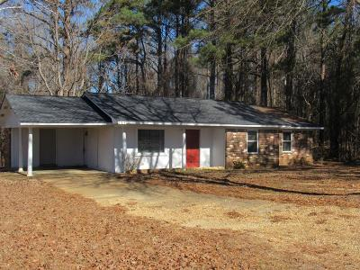 Single Family Home For Sale: 123 Gasaway