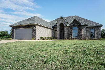 Tupelo Single Family Home For Sale: 1067 Dunbarton Oaks County Road .