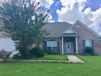 Single Family Home For Sale: 149 Colt