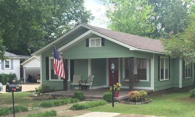 Single Family Home For Sale: 406 N 9th Ave.