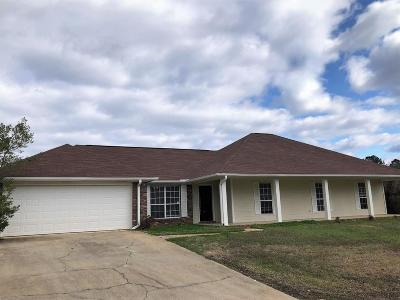 Single Family Home For Sale: 134 Prinston