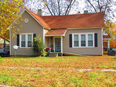 Single Family Home For Sale: 400 5th Street North