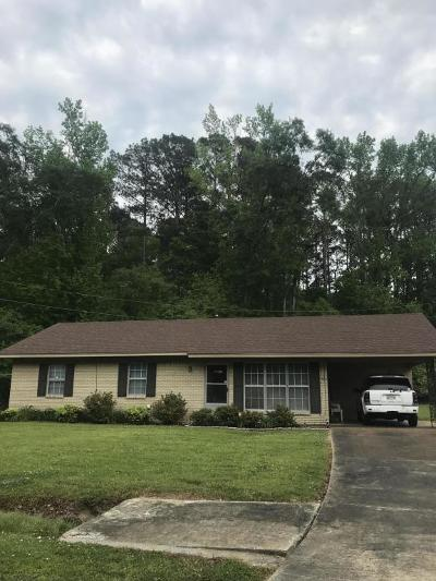 Single Family Home For Sale: 008 Green Cv.