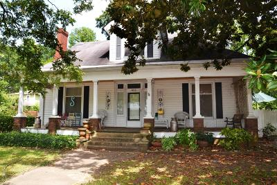 Lee County Single Family Home For Sale: 602 Clayton Ave.