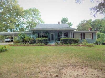 Marshall County, Benton County, Tippah County, Alcorn County, Prentiss County, Tishomingo County Single Family Home For Sale: 106 Whiskey River Dr.