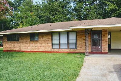 Tupelo MS Single Family Home For Sale: $69,900