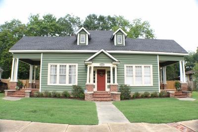 Tupelo Single Family Home For Sale: 621 S Church St.