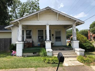 Single Family Home For Sale: 309 N 6th St.