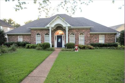 Single Family Home For Sale: 1795 Woodside County Road .