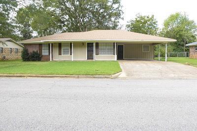 Single Family Home For Sale: 3356 Shonda County Road .