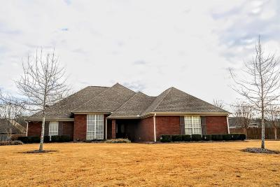 Single Family Home For Sale: 136 Bentgrass County Road .