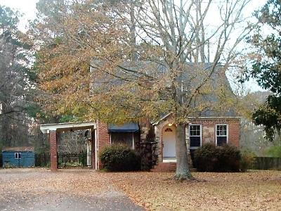 Single Family Home For Sale: 279 Hillsdale Dr.