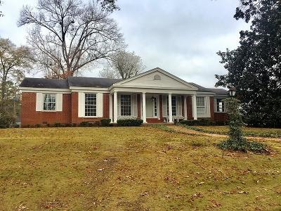 Single Family Home For Sale: 501 Meadowbrook County Road .