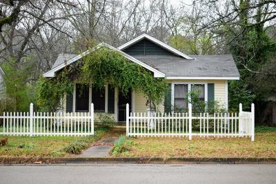 Single Family Home For Sale: 1043 Blair St.